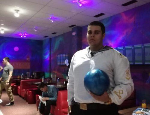 Курсанти ДІНУ ОМА на гри в боулінг в Готелі Бессарабія.